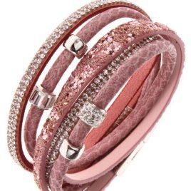 Besonders prachtvoll gestaltetes Armband zusammengesetzt aus verschiedenstenwunderschönen Schmuckkomponenten