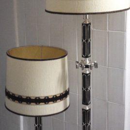 Stehlampe und Tischlampe ca. 70er Jahre ausgefallenes Design.