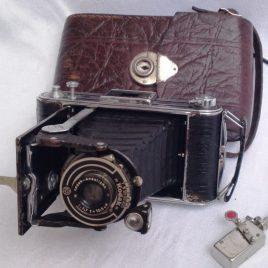 Foto Kodak Junior 620 Anastigmat 1:7,7 f=10,5cm u. Selbstauslöser